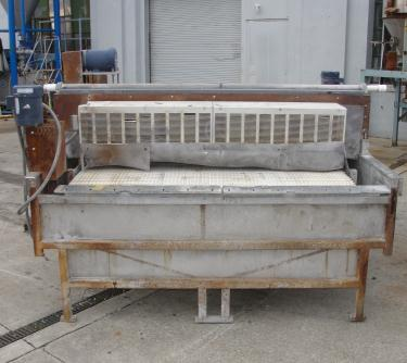 Washer 2 stage, spray washer, 73 wide x 2.25 tall work opening, NA
