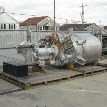 Mixer and Blender 400 gallon capacity Buhler vacuum mixer scrape and dispersion agitator, FV and 3 psi @ 250°F internal, 50 psi @ 250°F jacket