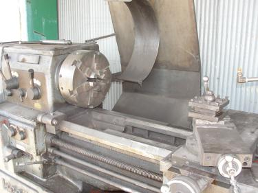 Machine Tool Webb model 17Gx40 metal lathe, 17/25 swing, 40 centers, 6-Jaw, Self-Centering chuck