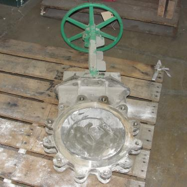 Valve 12 Rovalve gate valve, hand wheel, 316 SS