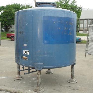Tank 1110 gallon vertical tank, 304 SS, dish bottom