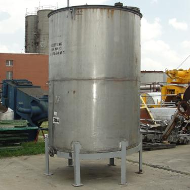 Tank 1606 gallon vertical tank, 304 SS, slope bottom