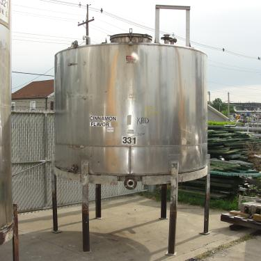 Tank 1530 gallon vertical tank, 304 SS, slope