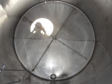 Tank 1560 gallon vertical tank, 304 SS, slope Bottom
