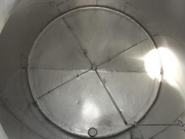 Tank 1580 gallon vertical tank, 304 SS, slope Bottom