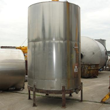 Tank 2036 gallon vertical tank, Stainless Steel, slope