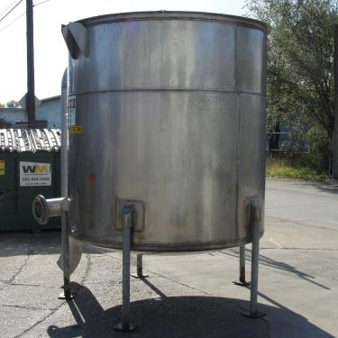 Tank 1100 gallon vertical tank, Stainless Steel, dish bottom