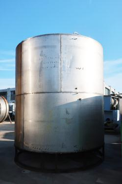 Tank 5200 gallon vertical tank, Stainless Steel, conical bottom