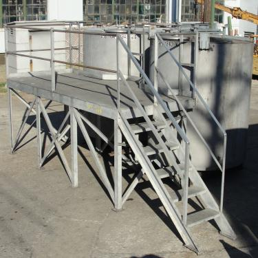 Tank 1450 gallon vertical tank, Stainless Steel, flat bottom, A pair of tanks with mezzanine