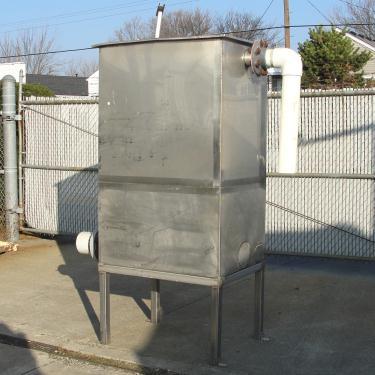 Tank 225 gallon vertical tank, Stainless Steel, flat bottom, Retangular