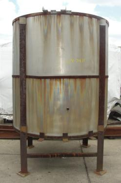 Tank 1166 gallon vertical tank, Stainless Steel, conical bottom