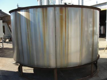 Tank 2940 gallon vertical tank, Stainless Steel