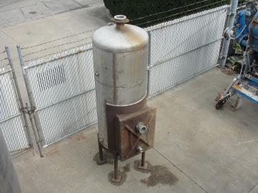 Tank 225 gallon vertical tank, Stainless Steel, dish bottom