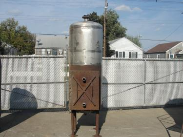 Tank 225 gallon vertical tank, Stainless Steel, dish