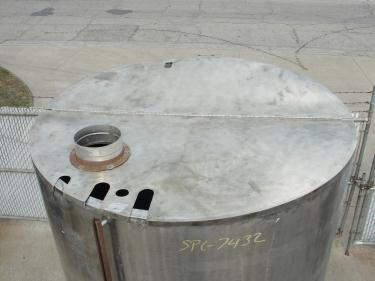 Tank 1600 gallon vertical tank, Stainless Steel, dish
