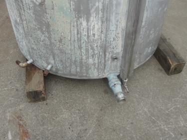 Tank 740 gallon vertical tank, Stainless Steel, flat bottom