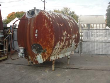 Tank 1700 gallon horizontal tank, Stainless Steel Contact Parts