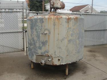 Tank 750 gallon vertical tank, Stainless Steel Contact Parts, flat bottom