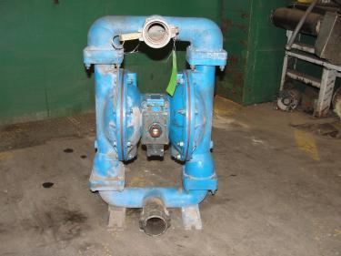 Pump 3 Warren-Rupp Sandpiper diaphragm pump, Aluminum