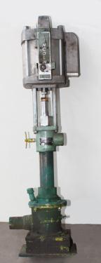 Pump 3 inlet Lincoln Industrial positive displacement pump model 84900, CS