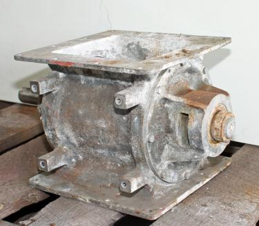 Valve 8 x 8 Stainless Steel MAC rotary airlock feeder model MD20