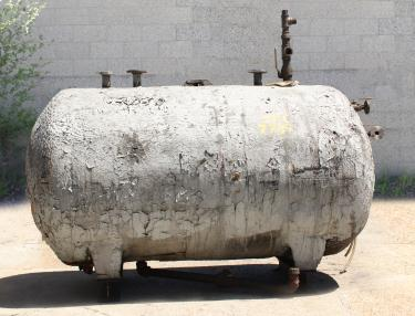 Tank 600 gallon horizontal tank, CS