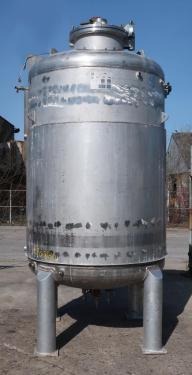 Reactor 3000 liter capacity New Brunswick Scientific Co. bioreactor 40 psig psi internal, 35 psig psi jacket, top center agitator, Stainless Steel