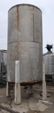 Tank 3000 gallon vertical tank, Stainless Steel, dish bottom
