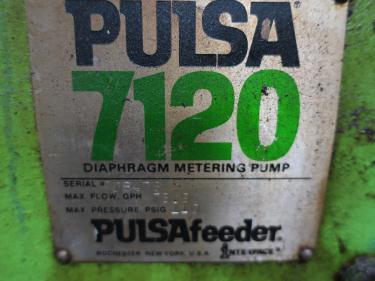 Pump 3/4 Pulsafeeder diaphragm metering pump, Stainless Steel Contact Parts