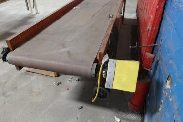 Conveyor belt conveyor 24 wide x 152 long belt