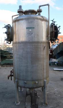 Tank 600 gallon vertical tank, Stainless Steel, low pressure dimple jacket, dish Bottom