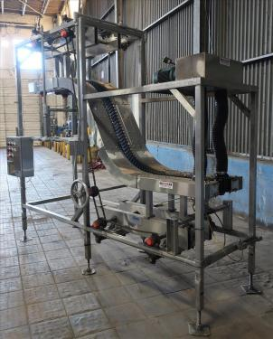 Conveyor AMBEC lowerator Stainless Steel, 38 discharge ht. and 80 infeed ht.