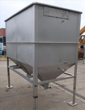 Bin 126 cu.ft., bulk storage bin, Stainless Steel