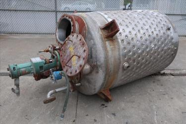 Tank 500 gallon vertical tank, Stainless Steel, dimpled jacket, 0.33 hp agitator, dish bottom