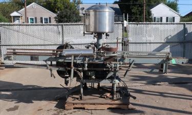 Filler 14 valve Horix liquid gravity filler model HEV-14-49, up to 140 cpm